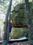 Rock Climbing Photo: The face and blunt arete of WWSD.