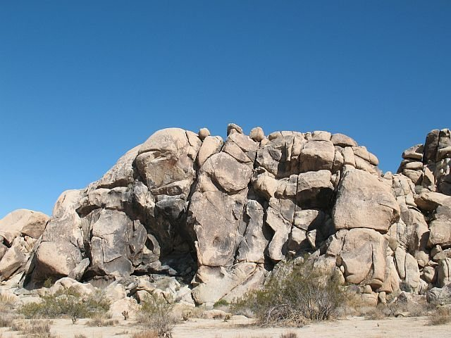 The Monkey's Paw Crag, Joshua Tree NP