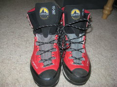 Rock Climbing Photo: Sportiva Trango S 2
