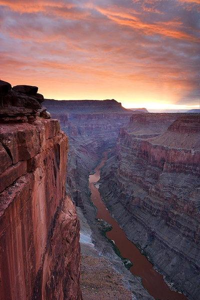 Rock Climbing Photo: Toroweap Sunrise - Grand Canyon NP, Arizona