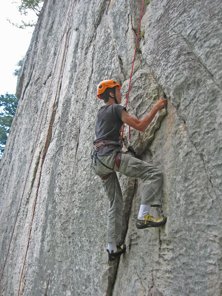 Rock Climbing Photo: Carson Purnell finishing up the crux on Conn's Eas...