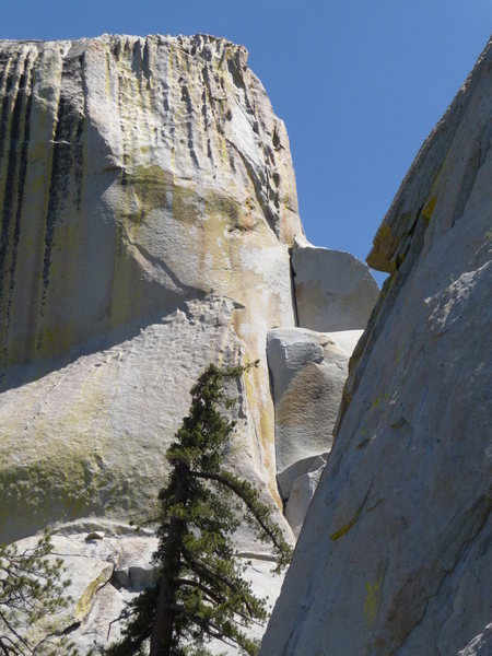 Rock Climbing Photo: The two corners of Spooky.  The route then moves u...