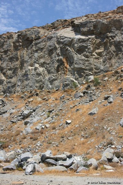 Rock Climbing Photo: Right of The Roof Area with the bright orange stre...