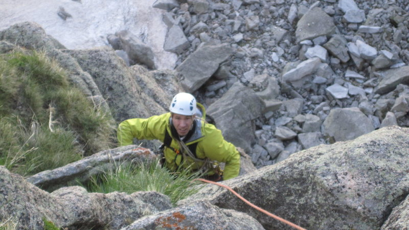 Rock Climbing Photo: P5: Start with hard moves above the P4 roof. Throu...