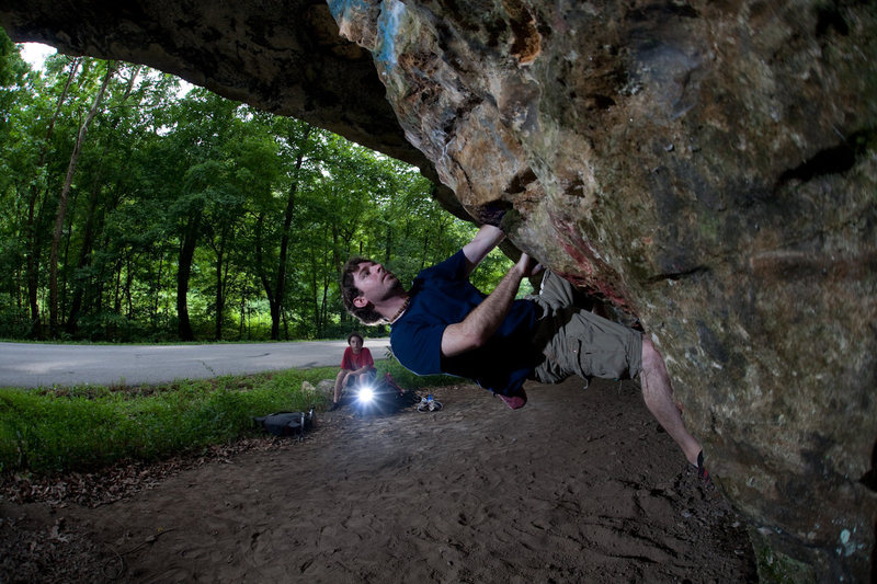 Rock Climbing Photo: Me on a steep overhang at the Painted Cave
