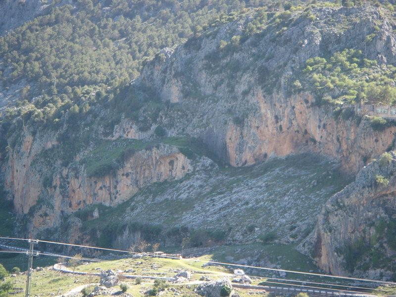 Rock Climbing Photo: Sectors Tajo Colorados y Pena Loja.