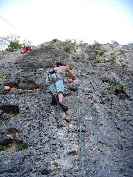 Mi chica escalando Cacique.