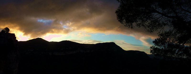 Sunrise in Siurana looking toward Arboli.