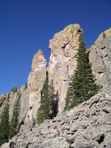 Rock Climbing Photo: Crosswinds as seen from the approach.