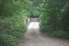 Rock Climbing Photo: The bridge at the shiprock trailhead that crosses ...