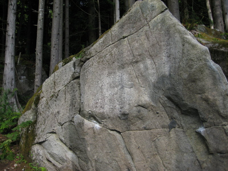 Warm-up Boulder in the Sanctuary: to the left is the Catcher (V0); to the right is the Shortstop (V1+)