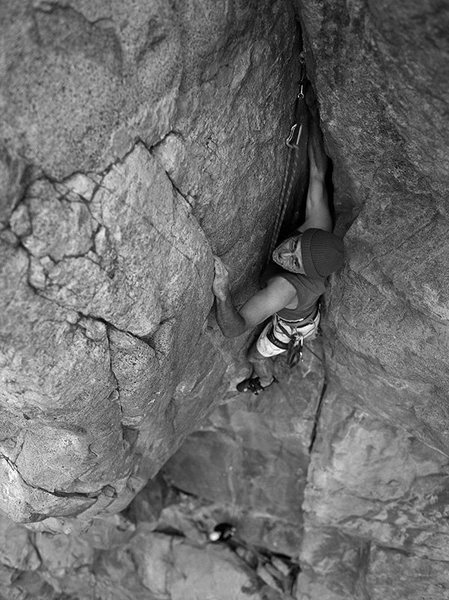 Oscar Olea in the chimney topout of Gallwas Crack.  Photo taken on big 120 format B&W film.