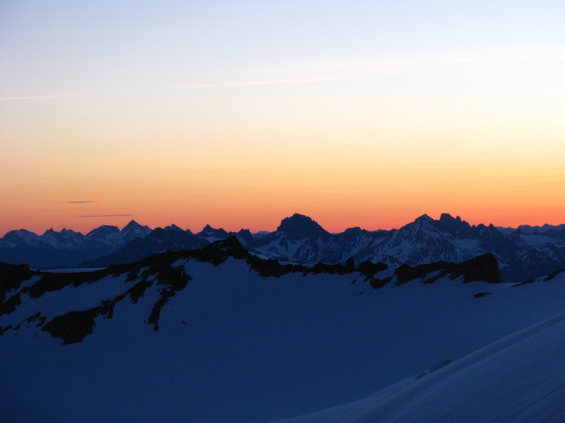 Rock Climbing Photo: Sunrise over the North Cascades from the North Rid...