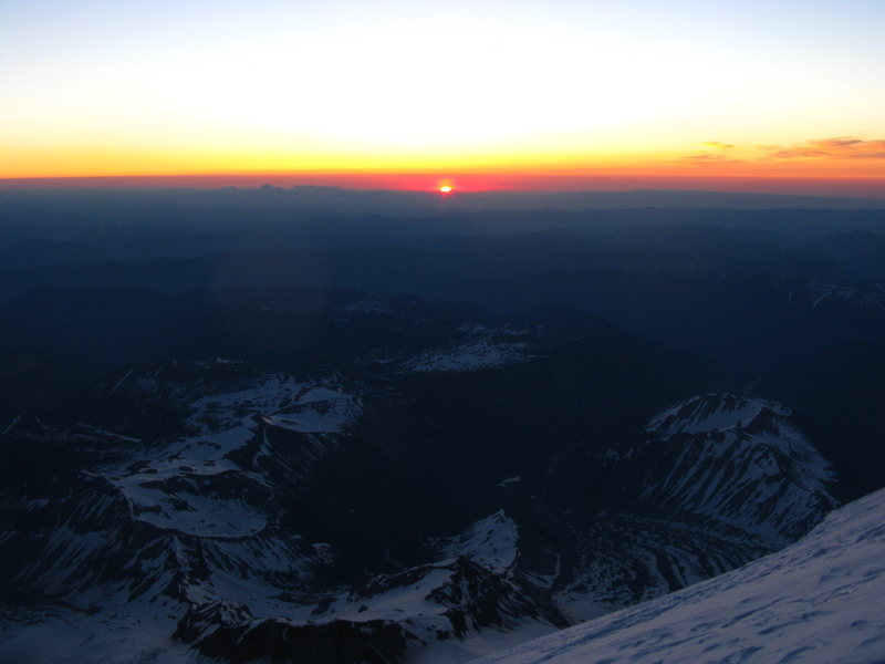 Rock Climbing Photo: Sunrise from the emmons glacier on Rainier