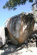 Rock Climbing Photo: El Diablo Boulder South and East face topo