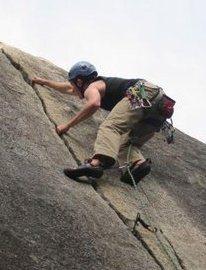 Rock Climbing Photo: Climbing Dinkum Crack 5.9