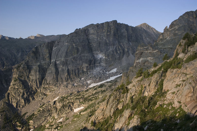 Rock Climbing Photo: Hallett from the Flattop Trail.