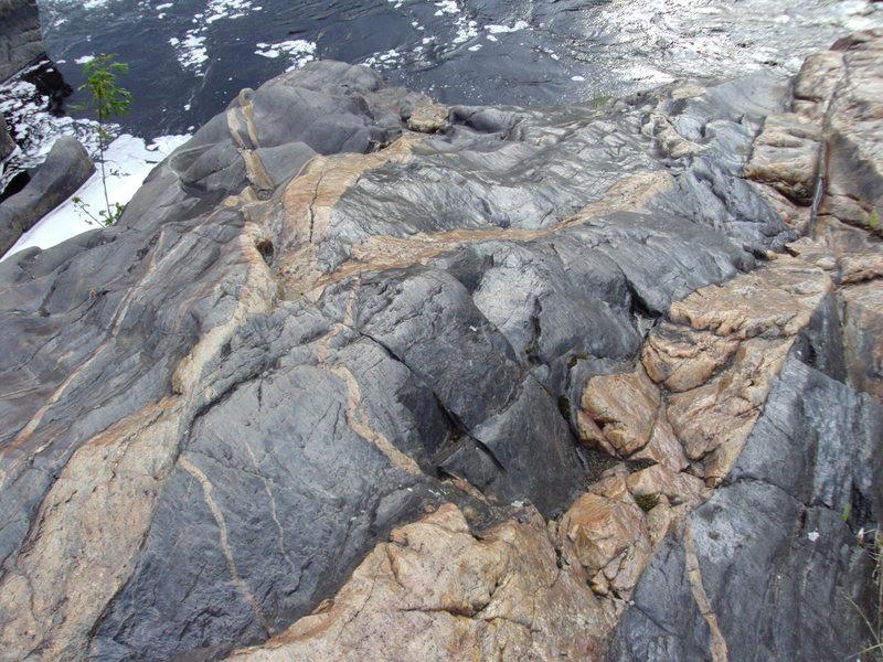 Rock Climbing Photo: bridge boulder