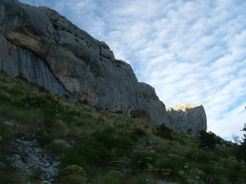 Rock Climbing Photo: Secteur: Un pont sur l'infini