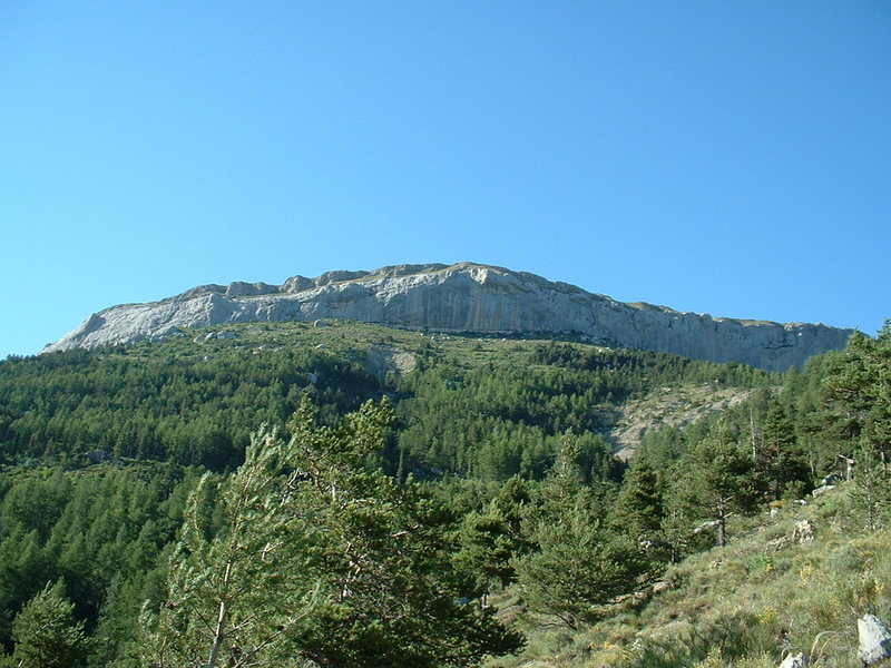 Ceuse massif overview
