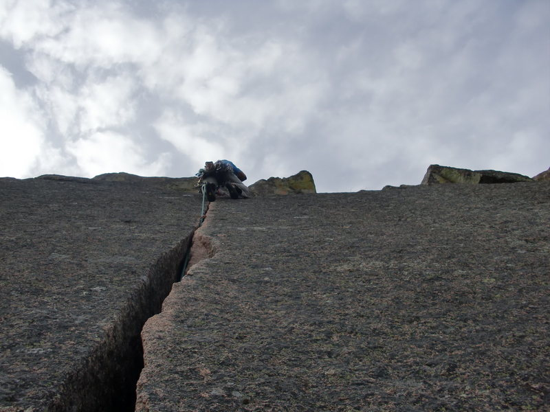 Rock Climbing Photo: Looking up the 2nd pitch, Mike Keegan leading.
