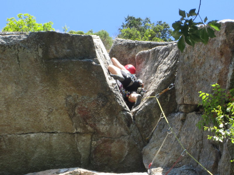 Rock Climbing Photo: Jennifer Wies in the V on V3