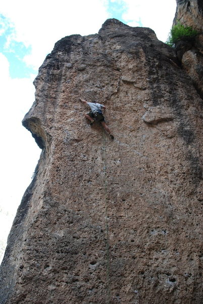 Rock Climbing Photo: Working thru the crux
