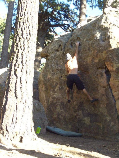 Juan Carlo Dyno. Not really a true dyno for me,(6ft tall, ape+4) more like a dynamic lunge. Still kind of fun.