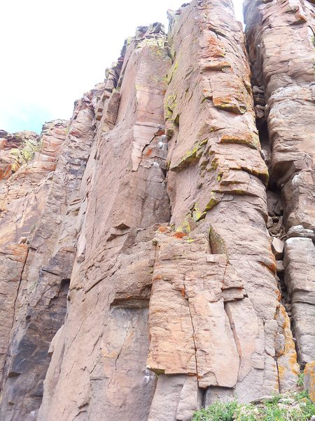 Rock Climbing Photo: Easy face moves past 3 bolts lead to a plethora of...