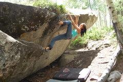 Rock Climbing Photo: LindsBo crushing the traverse.