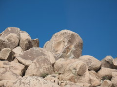 Rock Climbing Photo: The south face of The Volcano, Joshua Tree NP
