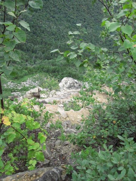 Rock Climbing Photo: The cliff's sandy summit.