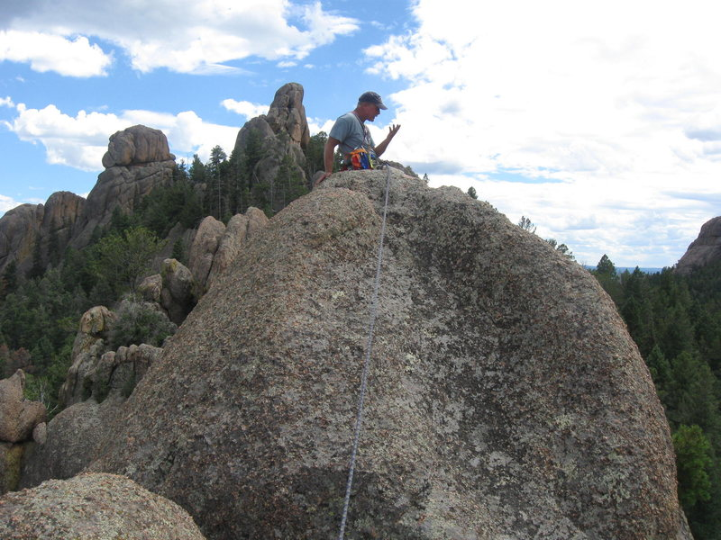Rock Climbing Photo: Tom Hasbeen yakkin away with 100' drop-offs each s...