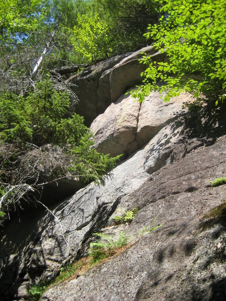 Rock Climbing Photo: Little Deuce Coupe