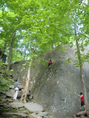 Rock Climbing Photo: The climbers at left are on Kindergarten. The aret...