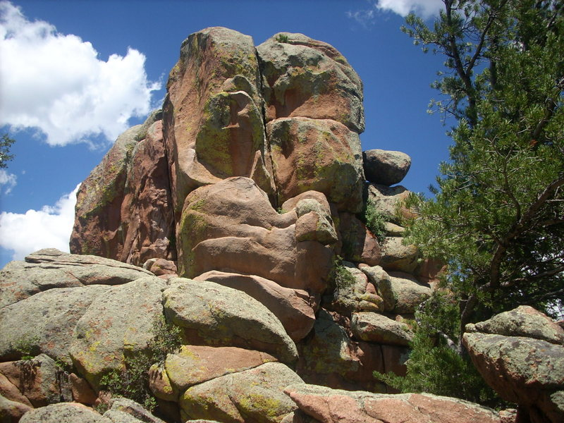 Rock Climbing Photo: South end of South Corner.  The crack with the rea...