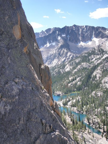 Rock Climbing Photo: Looking down on Saddleback Lake from the Mountaine...