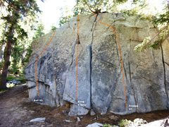 Rock Climbing Photo: Horseshoe Slabs Boulder, North Face Left Topo