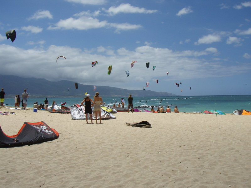 Nash kite racing on Maui