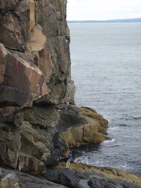 Rock Climbing Photo: Starting up head arete