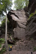 Rock Climbing Photo: The rope is set on the Far Face Direct route.