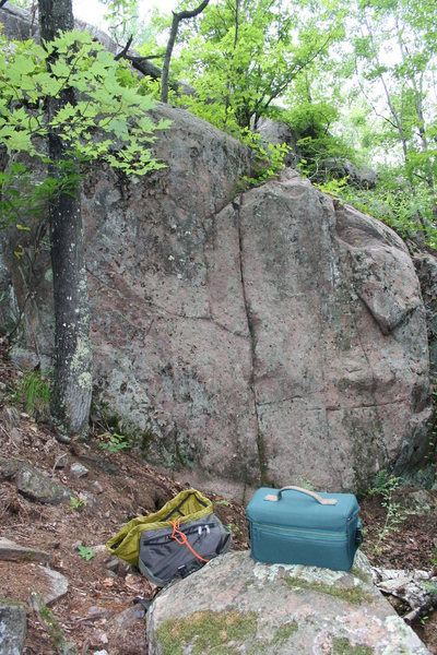 Rock Climbing Photo: A small slab/crack problem about halfway down Serv...