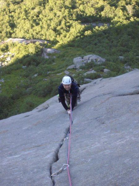 Rock Climbing Photo: Perfect sustained crack on pitch 5 Climber Kjetil ...