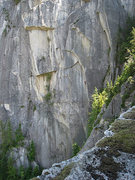 Rock Climbing Photo: Climber on pitch 3. Taken from the Squamish Buttre...