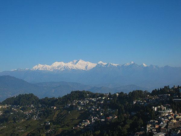Rock Climbing Photo: view from the Darjeeling (India) of Khachendzonga,...