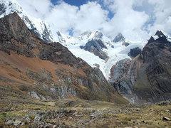 Rock Climbing Photo: Cordillera Huayhuash: Mituraju, Jirishanca, and Ye...