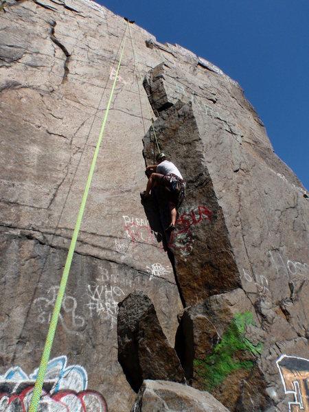 Rock Climbing Photo: 2010-08-13 Justin climbing up.