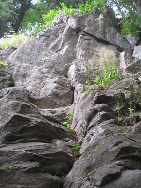 Rock Climbing Photo: Ascend the crack in the center of the photo gettin...
