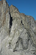 Rock Climbing Photo: Full View of the entire M-buttress