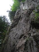 Rock Climbing Photo: Finishes at a 2-bolt anchor at the top right of th...
